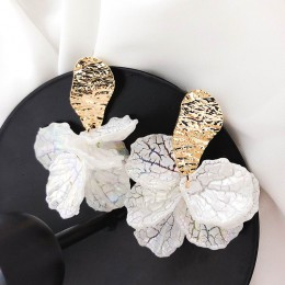 Koreański biały Shell płatek kwiatu spadek kolczyki dla kobiet nowy wyrazisty pendientes Trendy biżuteria