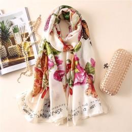 Miękkie 100% naturalny jedwab szalik kobiety luksusowej marki druku motyl na kwiatowy Pashmina szal Femme długi chustka Bufanda